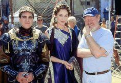 ridley scott behind the scenes Gladiator Costumes, Gladiator Movie, Joaquin Phoenix Gladiator, Russell Crowe Gladiator, Best Picture Winners, Roman Armor, Ridley Scott, Joker, Fantasy Art