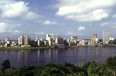 Imágenes, Abidjan y Yamoussoukro, Costa de Marfil.- El Muni