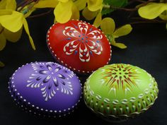 Set of 3 Banty Eggs Pysanky, Traditional Polish Eggs, Wax-Embossed Chicken Eggs, Easter Decoration