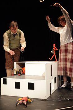 Die Abenteuer des kleinen Buckligen Uraufführung eines Bauhaus-Marionettenspiels
