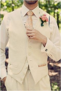 Marvelous Vintage Groomsmen Attire Ideas https://bridalore.com/2017/10/19/vintage-groomsmen-attire-ideas/