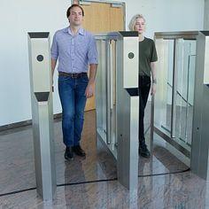 Компания Gotschlich объявила о выходе новой модели распашного турникета Axioma High