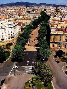 Chris and I met in Las Ramblas, Barcelona - such a beautiful city with a special place in my heart!