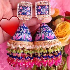 To buy this earings dm or whatsapp Indian Jewelry Earrings, Hand Jewelry, Girls Earrings, Enamel Jewelry, Trendy Jewelry, Diy Earrings, Jewelery, Jhumki Earrings, Nice Jewelry