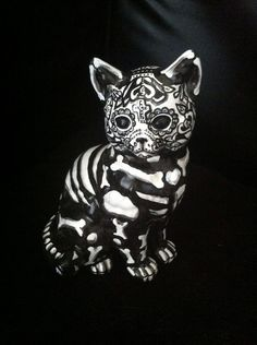 Day of the Dead Cat Statue Mexican Folk Art Dia de los Muertos Kitty OOAK Black