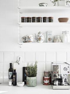 white kitchen | stadshem | DustJacket
