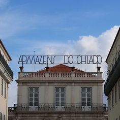 Some beautiful signage I spotted in Lisbon a few weeks back! #lisbon #type #typography #font #typematters #thedailytype #todaystype #typeinspire