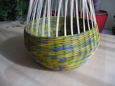 16) Zavírka Farah1 - Pedig a košíky Basket Weaving Patterns, Rolled Paper, Paper Basket, Projects To Try, Home Decor, Craft, Wicker, Bricolage, Basket Weaving