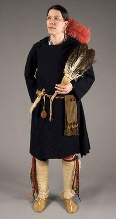 http://www.americancenturies.mass.edu/activities/dressup/notflash/1770_wob_woman.html