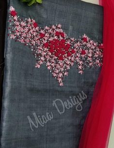 New embroidery designs for kurtis salwar suits ideas New Embroidery Designs, Etsy Embroidery, Embroidery Hoop Crafts, Hand Embroidery Dress, Embroidery On Kurtis, Kurti Embroidery Design, Christmas Embroidery Patterns, Embroidery Flowers Pattern, Embroidery Works