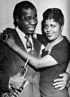 Wife of American musician Louis Satchmo Armstrong. They had been married 30 years until Louis' death in Louis Armstrong, Blues Rock, Vintage Black Glamour, Black Celebrities, Celebs, Jazz Musicians, Famous Couples, Black Couples, Jazz Blues
