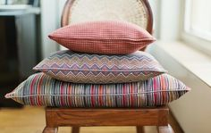 Lauritzon's Fabrics, Throw Pillows, Bed, Home, Tejidos, Toss Pillows, Cushions, Stream Bed, Ad Home
