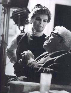 """Full Face Katharine Hepburn and Spencer Tracy on the set of """"Guess who's coming to dinner"""", 1967 Hollywood Cinema, Hollywood Actor, Golden Age Of Hollywood, Vintage Hollywood, Hollywood Stars, Classic Hollywood, Hollywood Couples, Celebrity Couples, Margaret Sanger"""