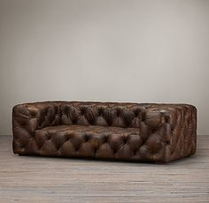 Restoration Hardware(レストレーションハードウェア)レザーソファー「Soho Tufted Leather Sofa」_Burnham Cognac