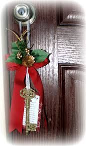 Santa's magic key Just what he needs to get into our house