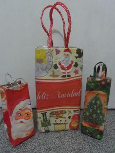 www.reciclartechile.blogspot.com Haz clic en me gusta, compartelo y suscribete, por navidad haré estos vídeos, pero en otros enseño a hacer cosas que se pued...