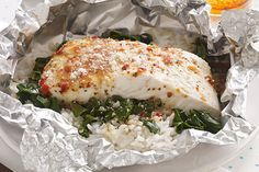 The clever Foil-Pack Fish Florentine for Two is a delicious HEALTHY LIVING recipe with quick-as-a-flash cleanup. What's not to love?