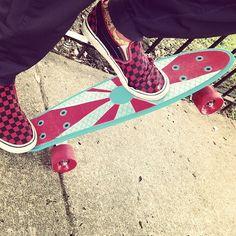 Drop off on the sidewalk--drop in on the penny!  #pennyboard #pennyaustralia #pushingplastic