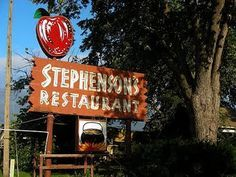 This was an awesome restaurant that once previously in Independence/Kansas City Missouri.  They had wonderful recipes.  Love the Green Rice...recipe can be found along with other on this page.  A favorite of my family during the holidays!