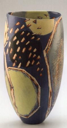 Ceramic Pottery, Pottery Art, Ceramic Art, Clay Art Projects, Art Sculptures, Pottery Designs, Contemporary Ceramics, Pitch, Vases