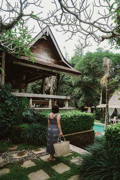 The First-Timer's Guide to Canggu, Bali - Bon Traveler Best Beach In Florida, California Beach, Florida Beaches, California Travel, Captiva Beach, Captiva Island, Island Beach, Beach Town, City Beach