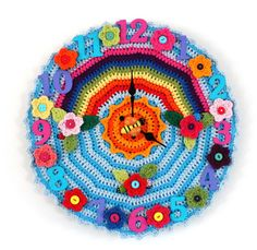 Crochet O'Clock Sunshine Bumblebee Clock--perfect for a baby's room.