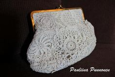 Lots of great ideas of what to do with all those beautiful doilies and other pieces of lace.