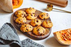 Isteni sütőtökös keksz roppanós csokidarabokkal: amilyen egyszerű, olyan finom - Recept   Femina Pumpkin Cookie Recipe, Pumpkin Cookies, Cookie Recipes, Chocolate Chip Recipes, Chocolate Chip Cookies, Chocolate Chips, Making Fried Rice, Simply Recipes, Cookies Et Biscuits