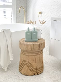 The al.ive body® Australian made hand & body range combines product purity with designer aesthetics to stimulate your senses and shape your surroundings.  Our Kaffir Lime & Green Tea Hand & Body Wash/Lotion Duo contains a luxurious blend of naturally derived ingredients, fortified with essential oils and native botanical extracts. #bodyproducts #bathroominspo #bathroomideas #freestandingbath #whitetiles #brasstapware #goldtapware #driedflowers #timberstool  Img credit: @the_coastalbarndream