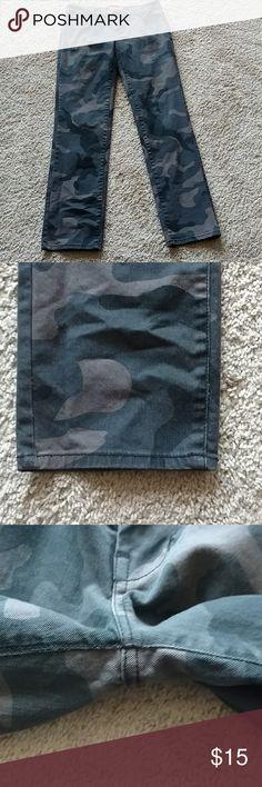 "NWOT camo skinny jeans Inseam 31.5/32 Rise 9"" Never worn Arizona Jean Company Jeans Skinny"