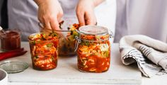 Kimchi is one of the most famous fermented foods. Here is a kimchi recipe for you to try. Best Probiotic Foods, Fermented Foods, Pickled Cabbage, Warm Food, Food Trends, Food And Drink, Ethnic Recipes, Gut Health, Winter Time
