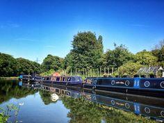 Leeds-Liverpool Canal. Apperley Bridge. Bradford. Yorkshire.