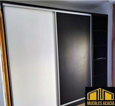 Armario combinado de laminado blanco y negro soft con perfileria de aluminio. Mirror, Furniture, Home Decor, Closets, Products, Decoration Home, Room Decor, Mirrors, Home Furnishings
