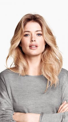 Doutzen Kroes, blonde, pretty, model, crossed arms, 720x1280 wallpaper Air Dry Hair, Gorgeous Redhead, Hair Again, Doutzen Kroes, Damp Hair Styles, Mannequins, Beautiful Actresses, Pretty Face, Cool Hairstyles