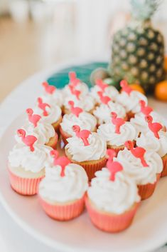 DC Event Planner - Recap of Simply Breathe Event's annual Miami themed Galentine's Day Party at Edgewood Arts Center. Galentines Day Ideas, Pineapple Mojito, Nacho Bar, Dc Weddings, Catering, Breathe, Wedding Planner, Miami, Events