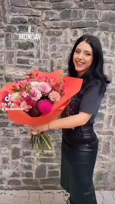 #flowers #floweraesthetic #buchete #flori #video Flower Aesthetic, Electric Blue, Magnolia, Bouquet, Flowers, Magnolias, Bouquet Of Flowers, Bouquets, Royal Icing Flowers
