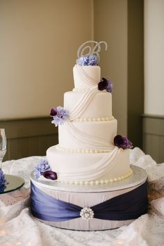 22 Best Wedding Cake Stands Images Cake Wedding Wedding Cake