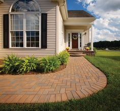 The curved walkway is so inviting! Available at 856-740-1445, www.bflandscape.com