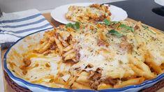 Macarrones con carne picada y queso Lasagna, Meat, Chicken, Ethnic Recipes, Food, Youtube, Gastronomia, Fish Recipes, Pasta Recipes