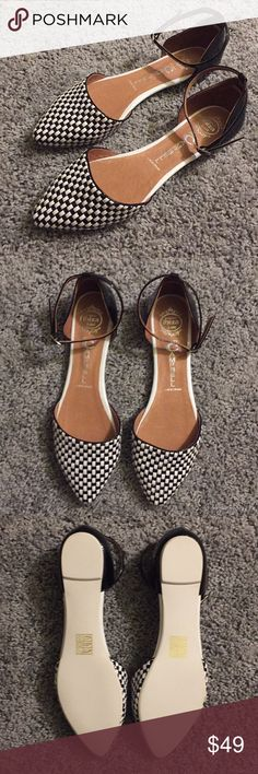 Brand new Jeffrey Campbell handmade flats Brand new Jeffrey Campbell handmade Ibiza checkered flats. Black patented leather with black and white checkered design. Never worn. Beautiful, stylish design. Cushioned sole for comfort. Jeffrey Campbell Shoes Flats & Loafers