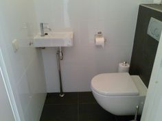 Toilet Verbouwen Kosten : Anna paulowna toilet betegelen wanden en vloer tegelvloeren