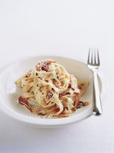 Donna Hay's Fettuccine Carbonara. This is what I want for dinner!