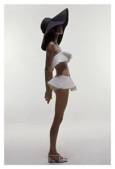 Vogue - June 1969...I'd totally sport that look for the beach! Hehe