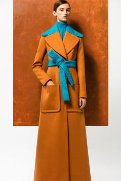 Delpozo Pre-Fall 2016 Collection - Vogue Source by trends fall 2016 Fall Fashion 2016, Winter Fashion, Fashion Trends, High Fashion, Fashion Show, Fashion Design, Looks Style, My Style, Fru Fru