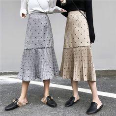 チェックドット柄ハイウエスト切り替えレトロフレアスカート Fashion Details, Fashion Design, Maje, Midi Skirt, Textiles, Collection, Inspiration, Long Skirts