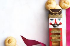 Pack cookies into this classic nutcracker box for your next hostess gift.