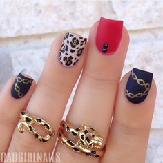 Leopard X Matte X Chains Sorry for the lack of posts guys, broke a nail They grow quickly so I should be able to shape them within a few days (and share an updated nail care routine☺️) In the meantime, throwback to one of my favorite designs from over a year ago Red/black color scheme, matte finish - some things never change
