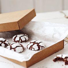 Schwarz-Weiss-Cookies mit Walnüssen