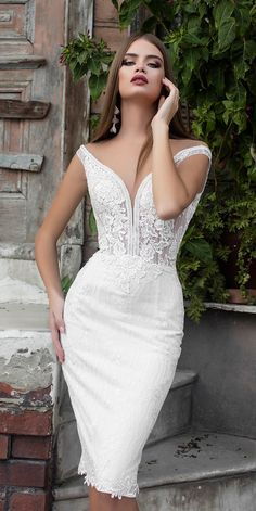 Amazing Short Wedding Dresses For Petite Brides ❤︎ Wedding planning ideas & inspiration. Wedding dresses, decor, and lots more. Wedding Guest Dresses Online, Civil Wedding Dresses, Blue Wedding Dresses, Bridal Dresses, Reception Dresses, Rehearsal Dinner Dresses, Short Lace Wedding Dress, Tea Length Wedding Dress, Wedding Dress Petite
