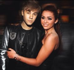 Justin & Miley (Jiley) manip, but they look like a good couple